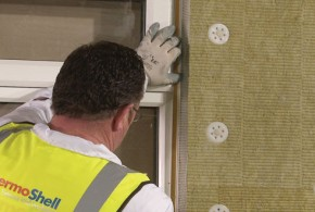 Insulation installers have been warned that it is vital to bring wall junction performance up to overall insulation standards or risk condensation build-up and mould growth