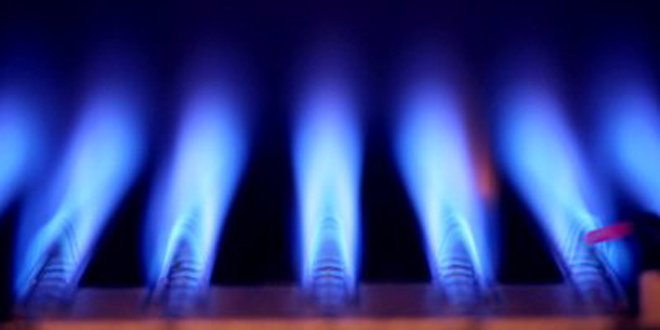 Gas fitter ignores warnings to risk lives
