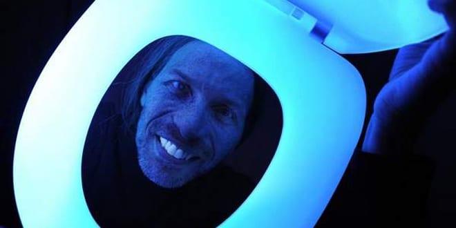 Popular - Glow-in-the-dark toilet seat