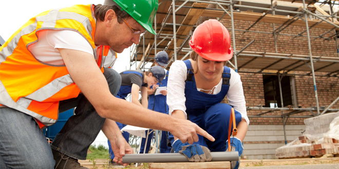 Homeowners think building firms should be required to take on apprentices