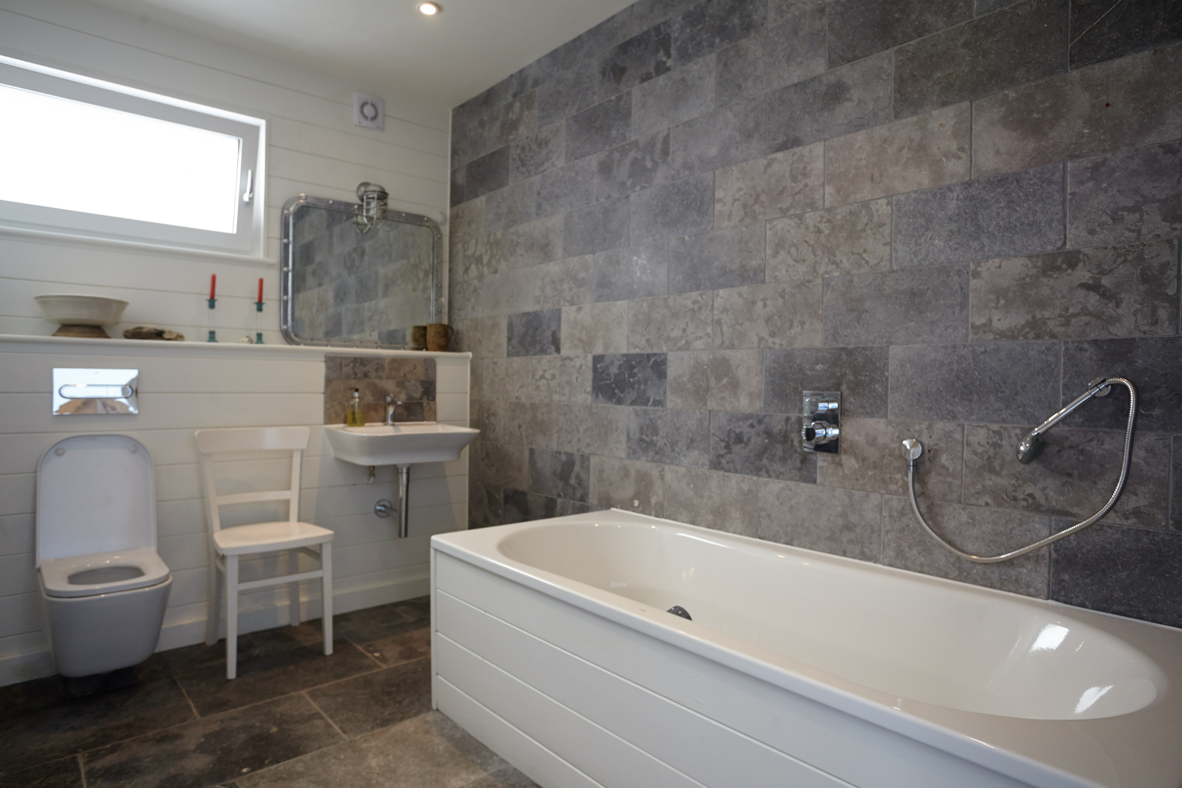 Beachside Bathrooms Installer Onlineinstaller Online