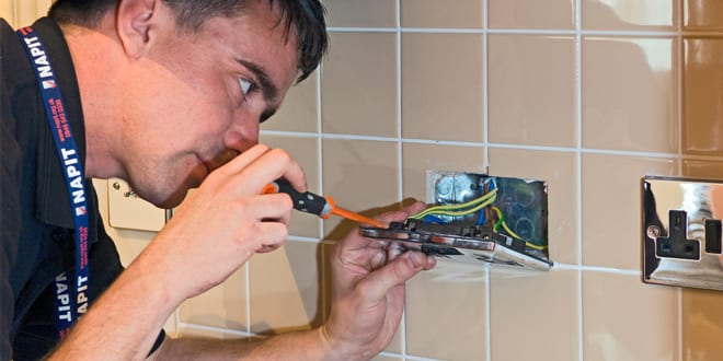 Popular - Universal socket outlets – buyers beware