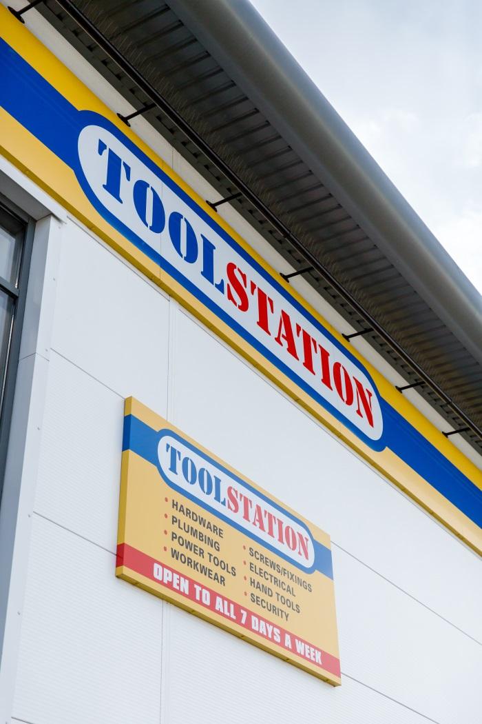 Toolstation sponsoring Sky Sports' Soccer AM - Installer ...  Toolstation.com
