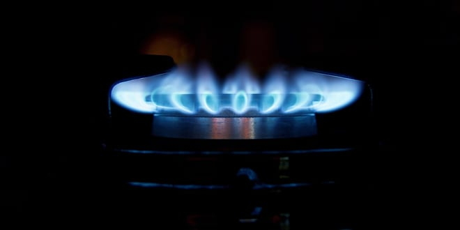 """Popular - """"Extending the gas network provides a cost effective way to tacklefuel poverty"""" – claims former Minister"""