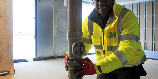 """Popular - Plumber invents """"Mwangi Clip"""" which solves failing expansion gaps on first-fix soil vent pipe installations"""