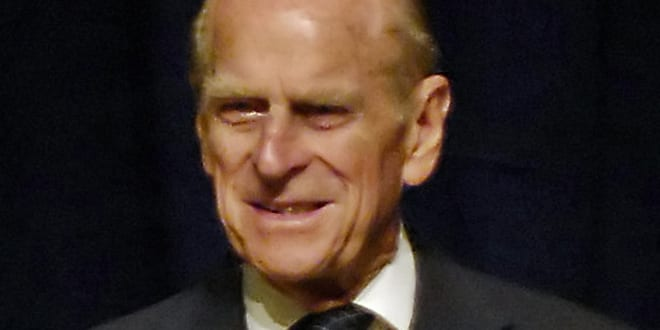 Popular - Prince Philip incident shows the importance of life-saving seatbelts