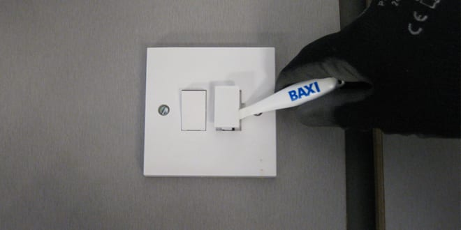 Popular - Baxi Engineers given handy pry tool